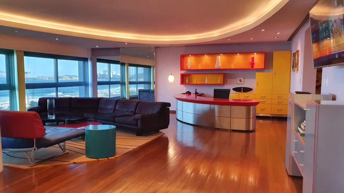 Luxury Ocean front flat